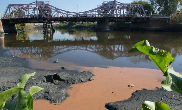 Invento innovador para la oxigenación de ríos contaminados