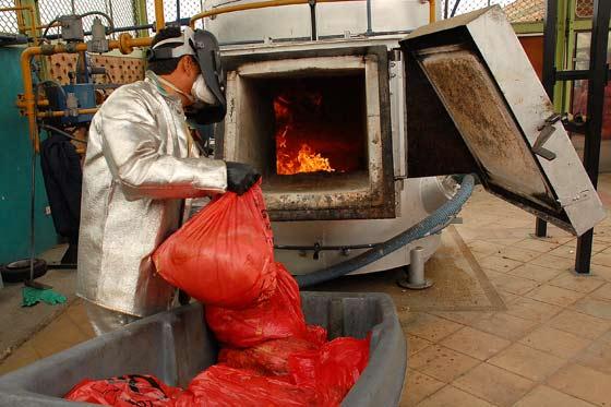 """El 70% de los residuos que se producen en España """"se queman o se entierran sin más"""""""